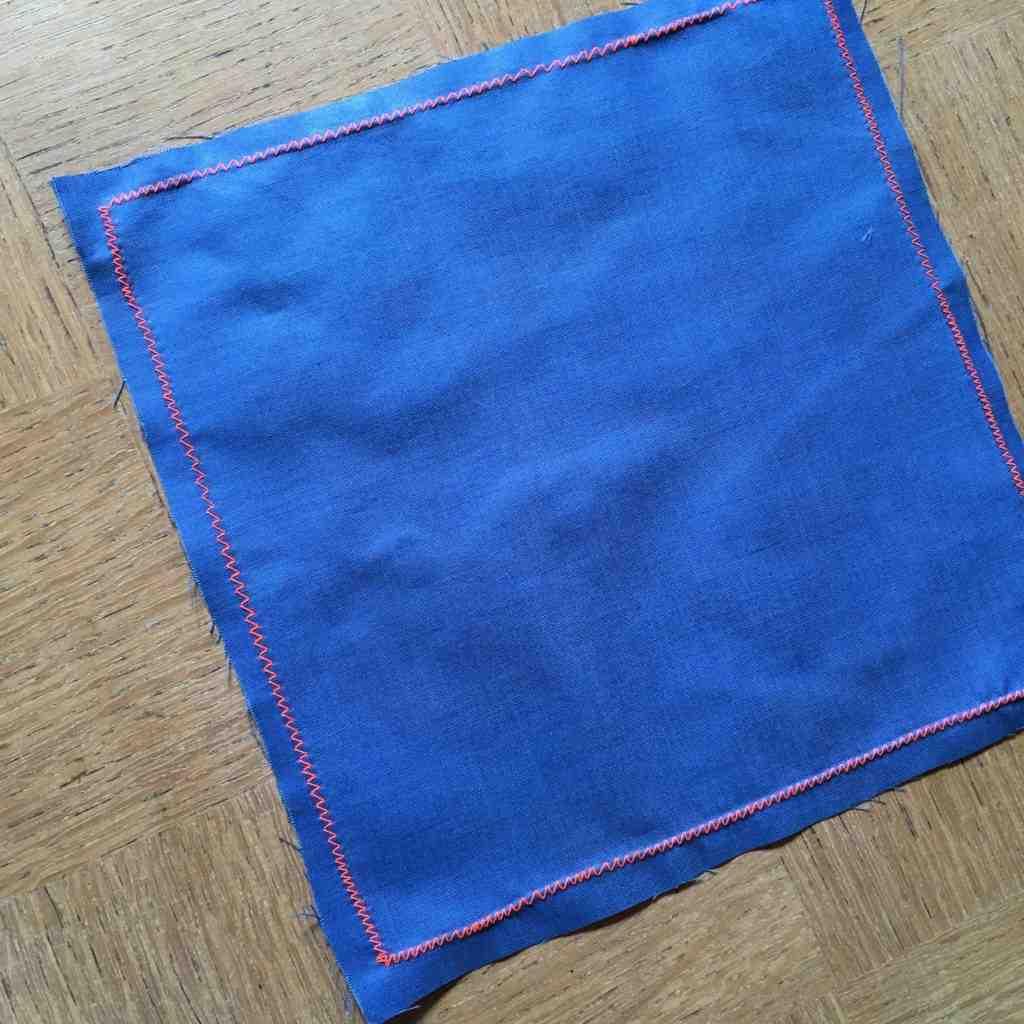 Comment recouvrir les bords du tissu?