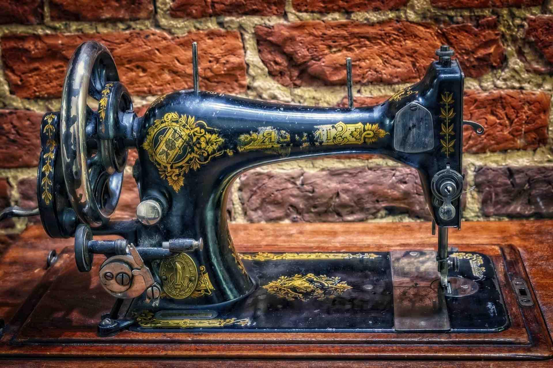 Quelle machine à coudre mécanique choisir?