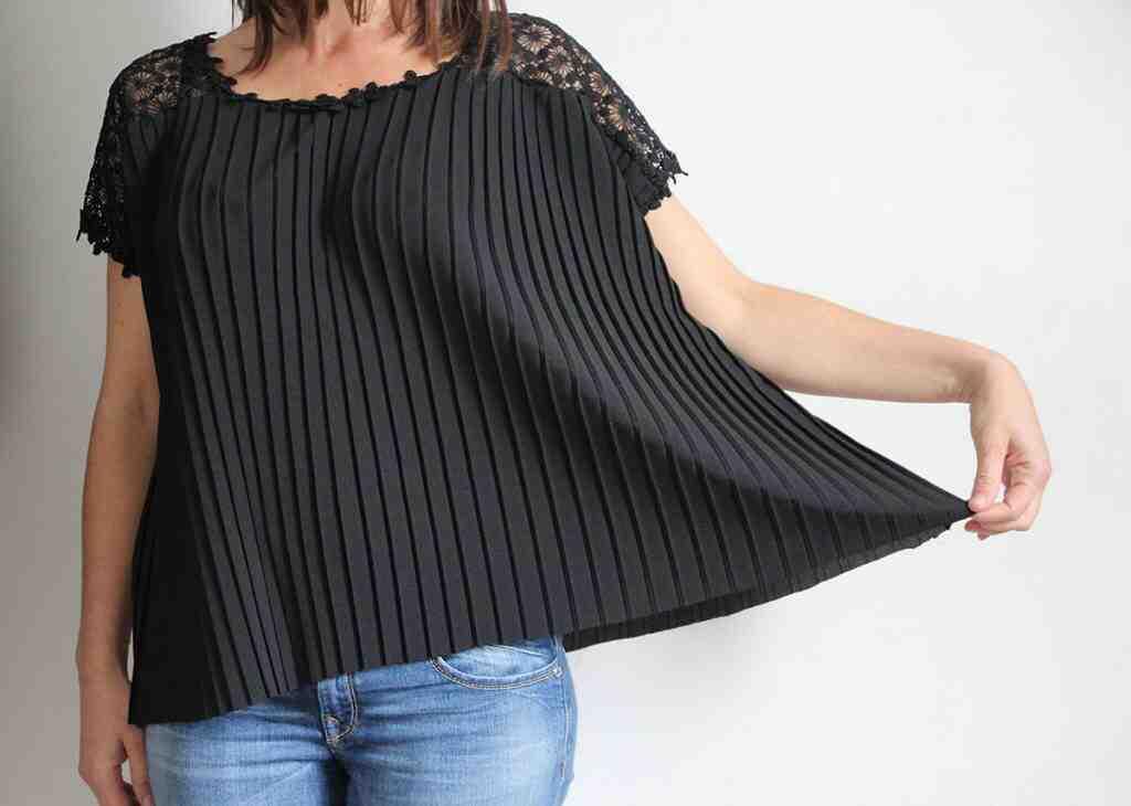 Comment faire un ourlet de jupe plissée?